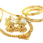 Slabé monzuny sráží indickou poptávku po zlatě