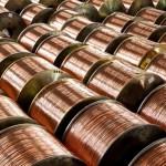 Goldman Sachs: Ceny kovů ještě poklesnou